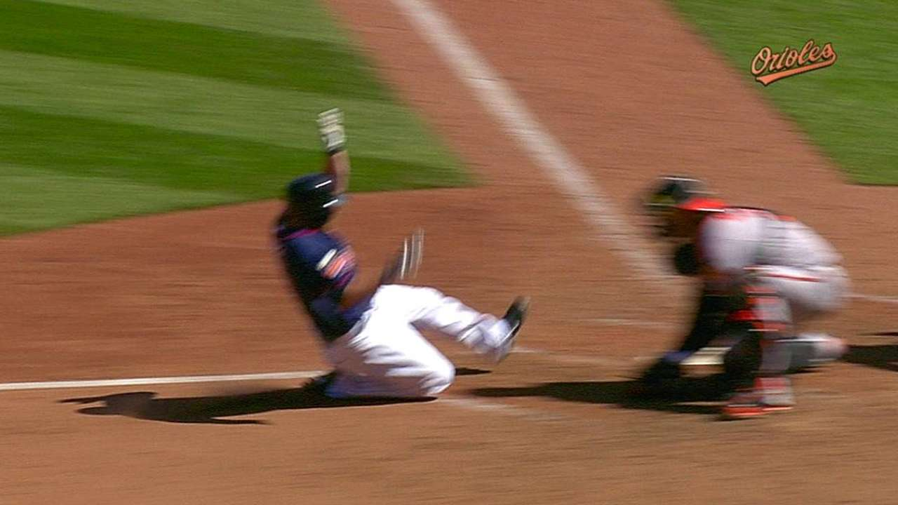 O's lose challenge on close play at the plate