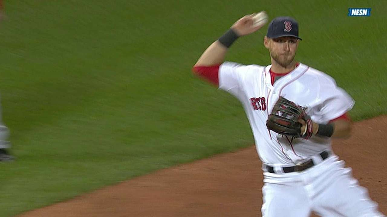Middlebrooks to resume rehab at 3B, not OF