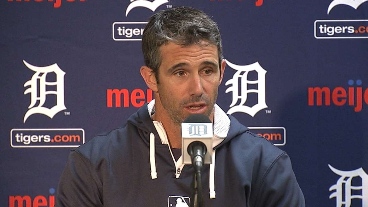 Ausmus works to minimize distractions for Ray