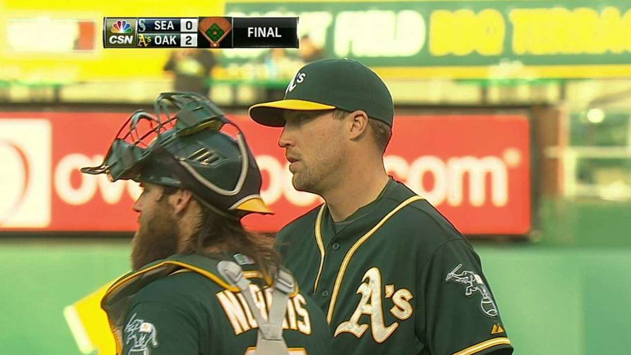 A's troubled by boos of Johnson from home crowd