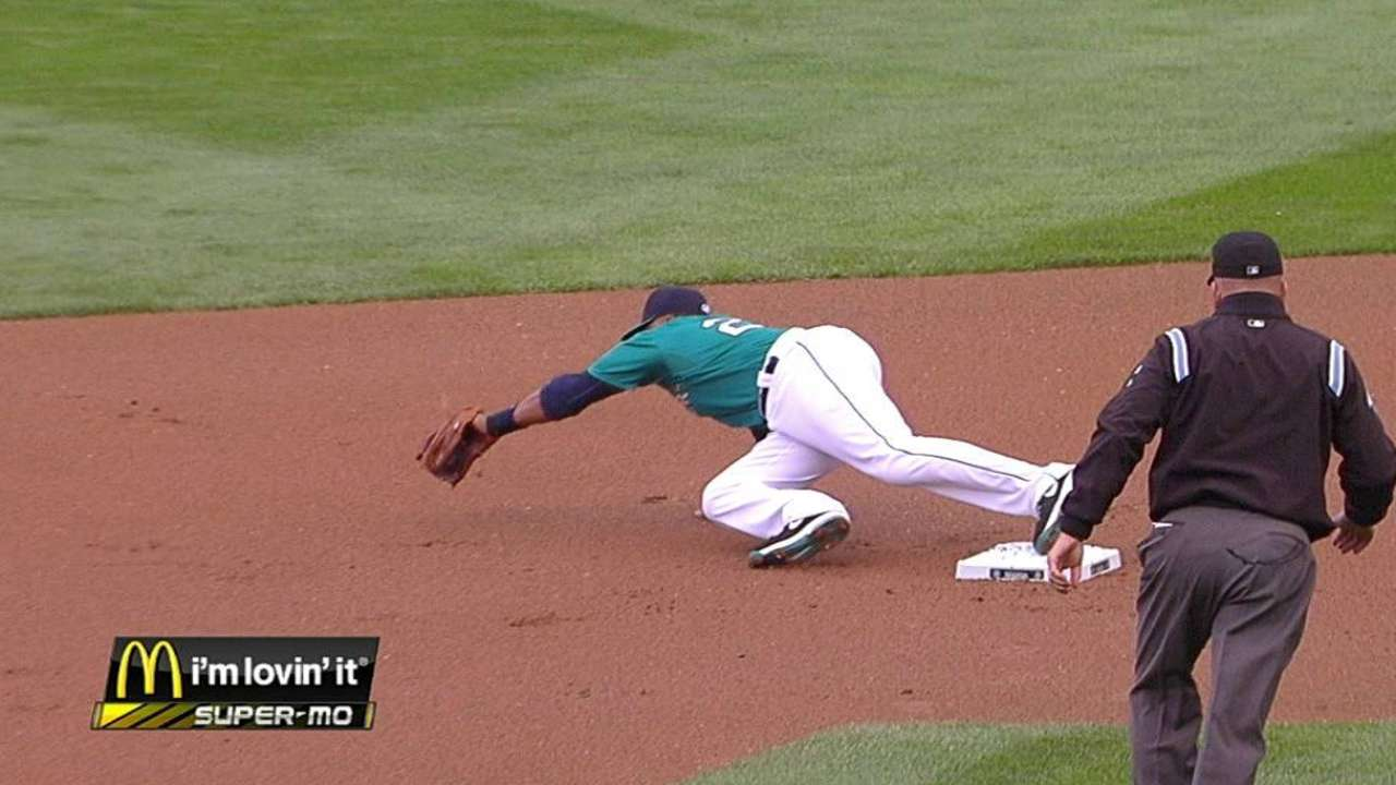 Force play overturned on McClendon challenge