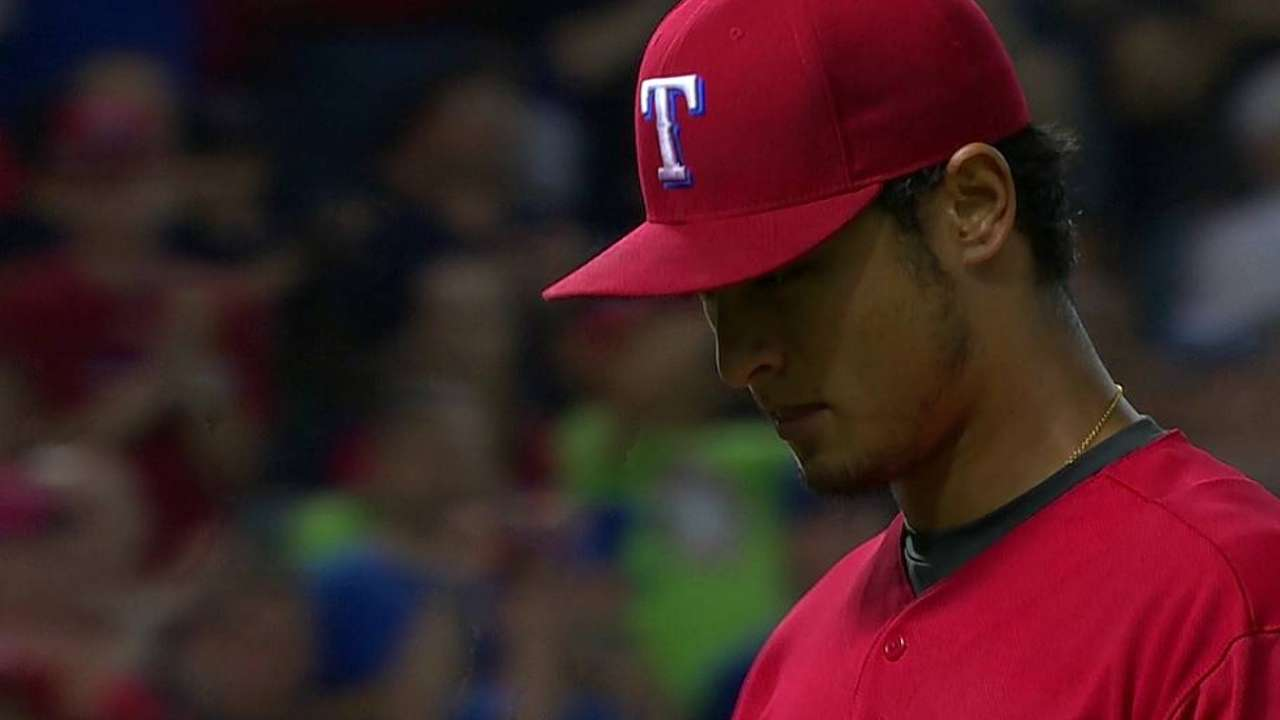 Darvish se queda a un out de juego sin hit