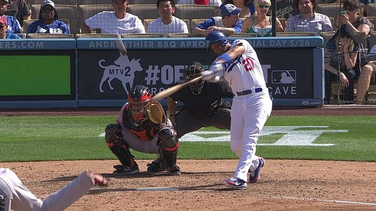 Kemp sits as Mattingly juggles OF rotation