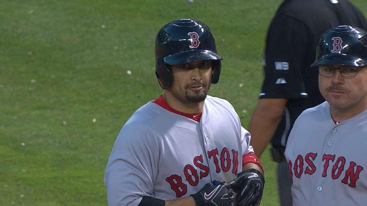 Victorino healthy but still no switch in his swing