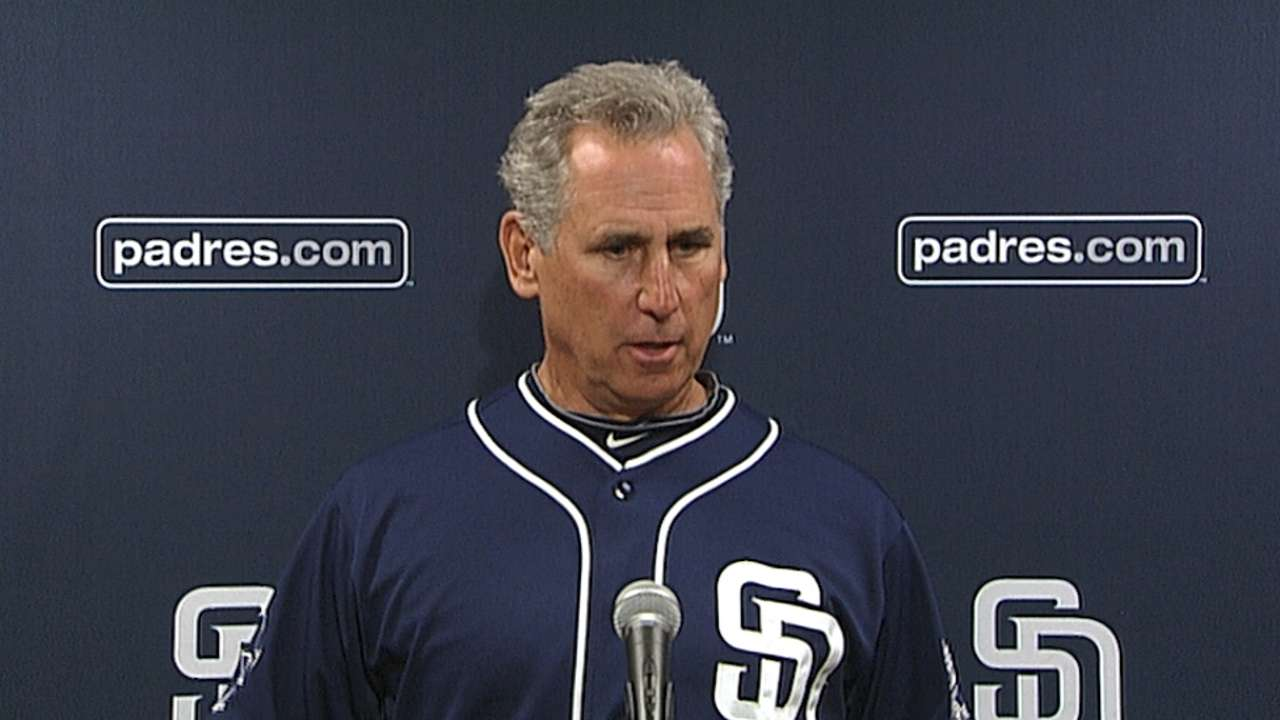 Focusing on fundamentals, Padres aim to stay hot