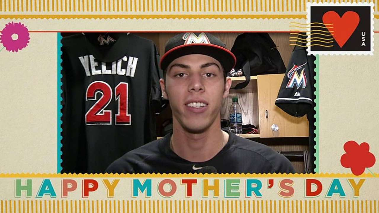 Yelich uses pink bat to homer in front of mom in SD