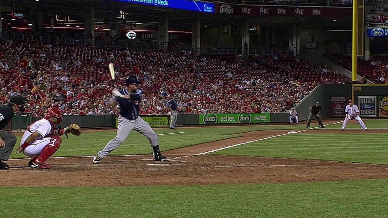 Headley hizo ganar a Padres con HR vs. Chapman
