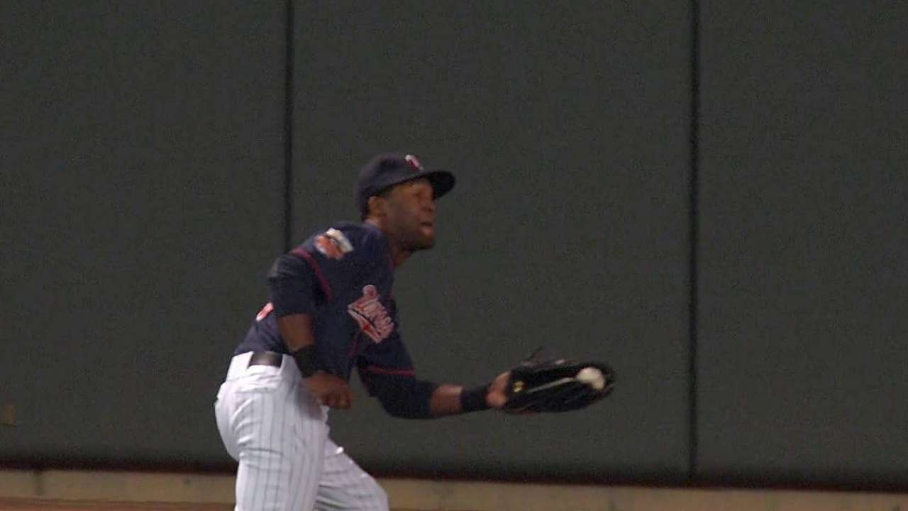 Gardenhire gets Santana in the mix at shortstop