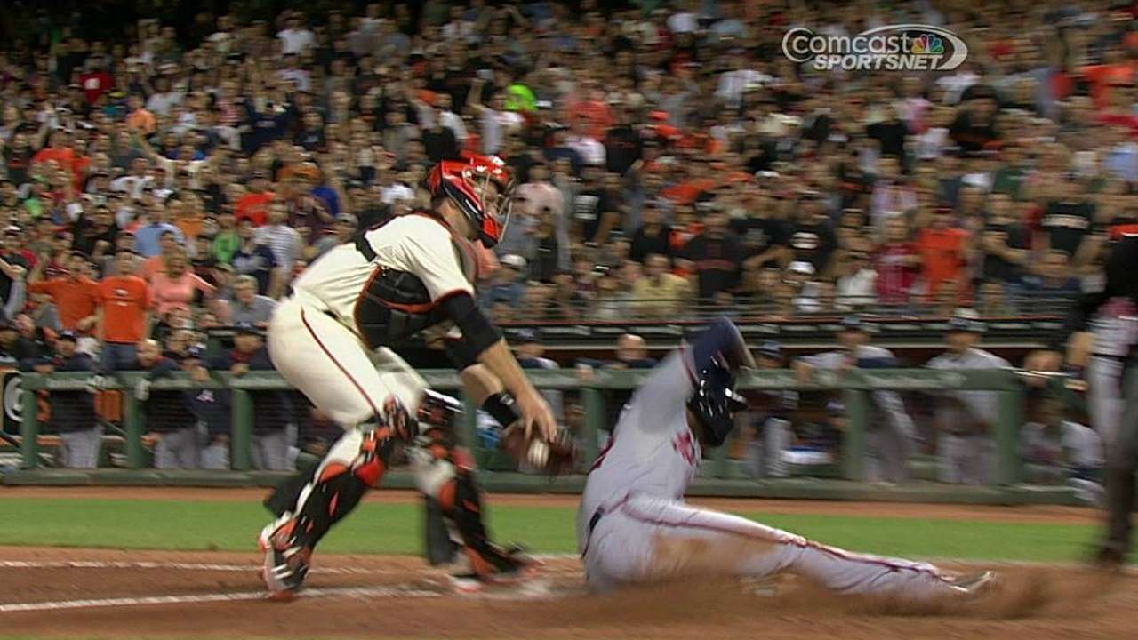 Giants lose challenge on call at home plate