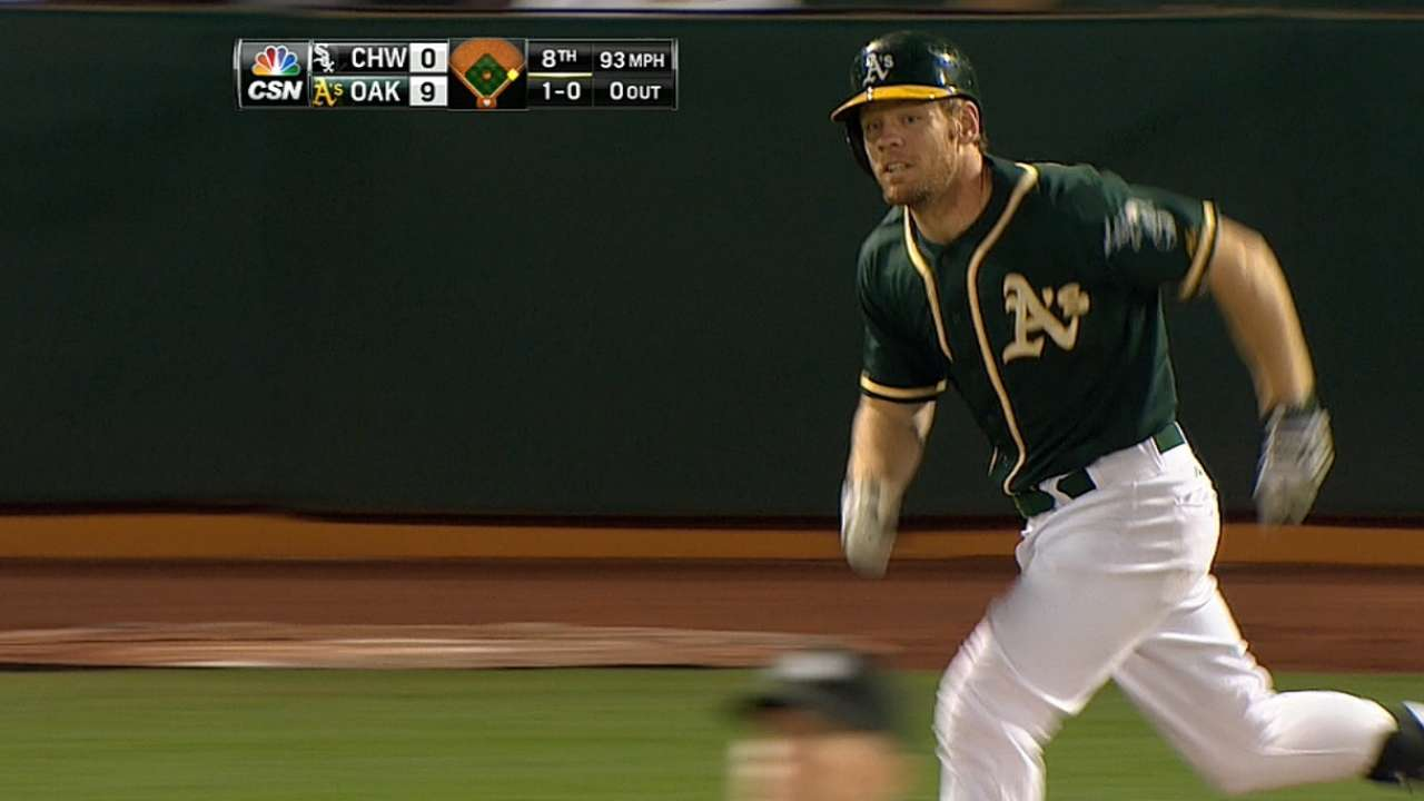 Pomeranz, bats deliver A's sixth straight win