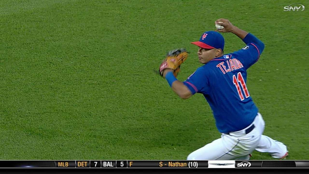 Mets sticking with Tejada at shortstop