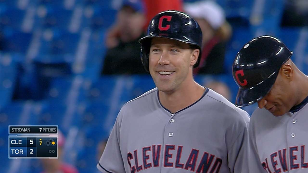 Bats explode with season-high 22 hits behind Kluber