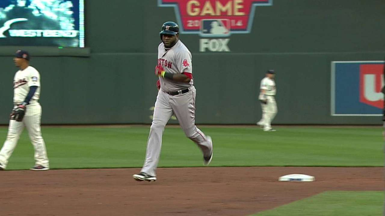 Ortiz passes Rice on Red Sox homer list