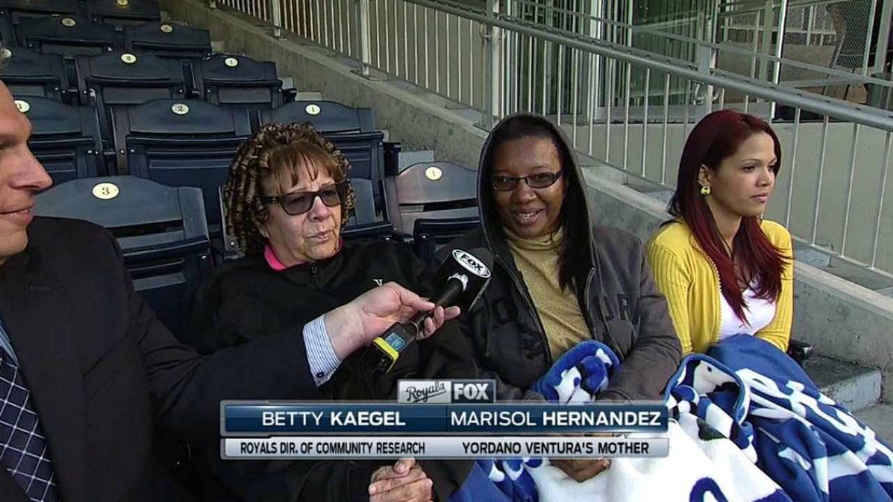 Yordano's mom attends first Royals game