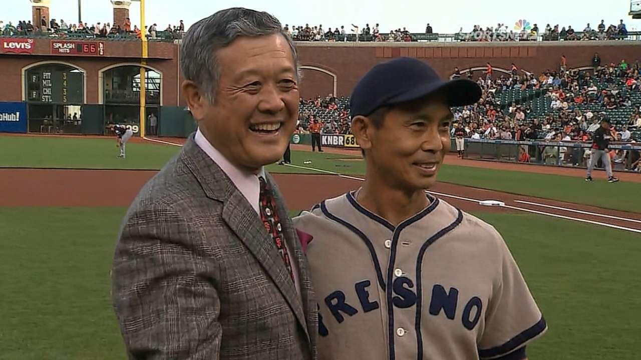 Giants honor Murakami before Marlins opener