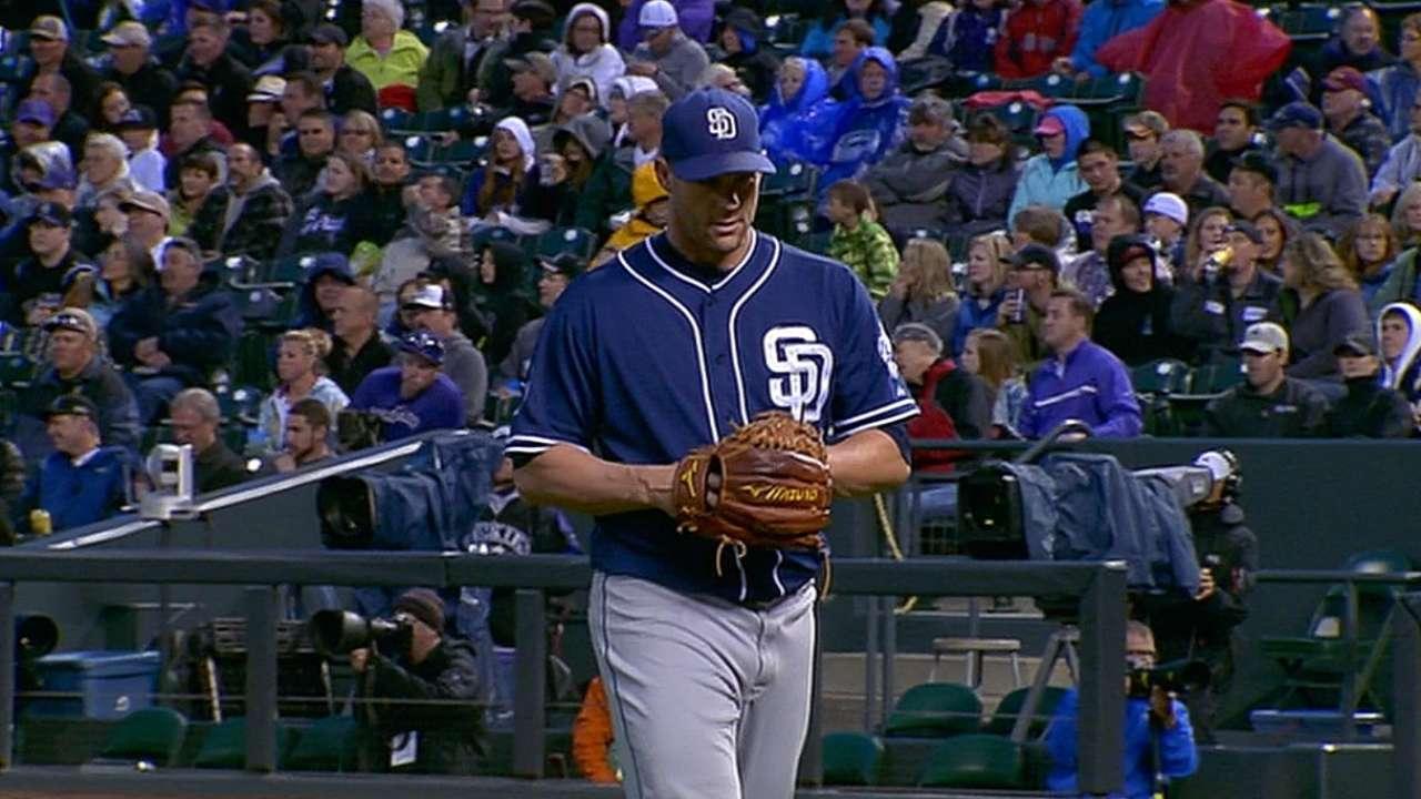 Stults outdueled by De La Rosa, Padres drop opener