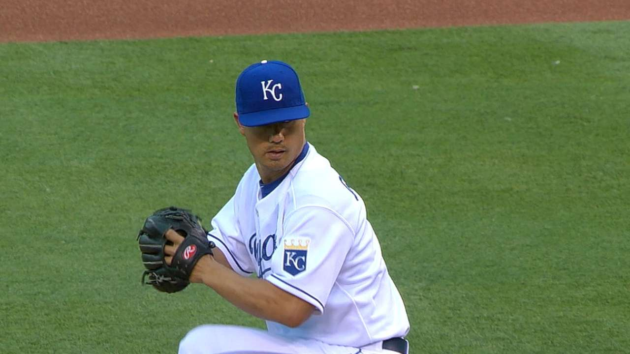 Royals' bats still missing mark against Orioles