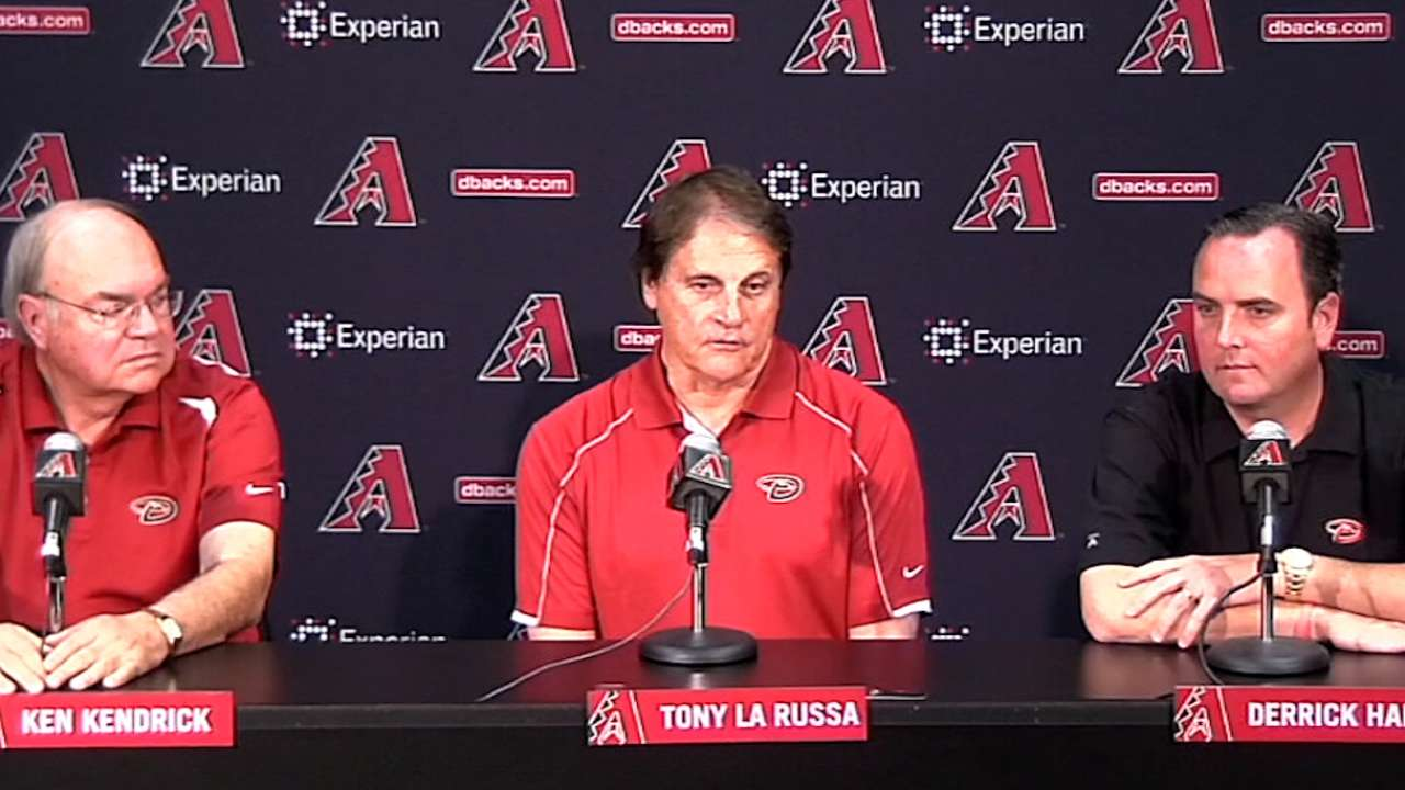 La Russa takes over D-backs' baseball operations