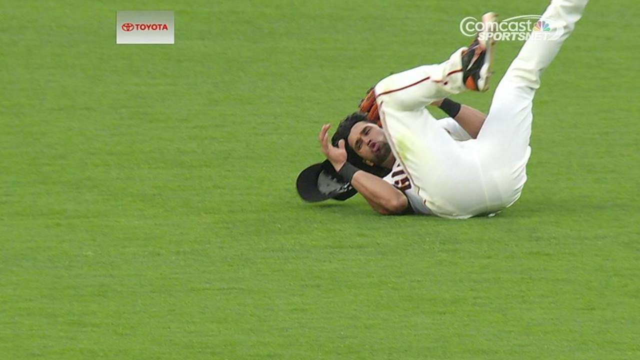 Pagan gets break from lineup to rest sore knee