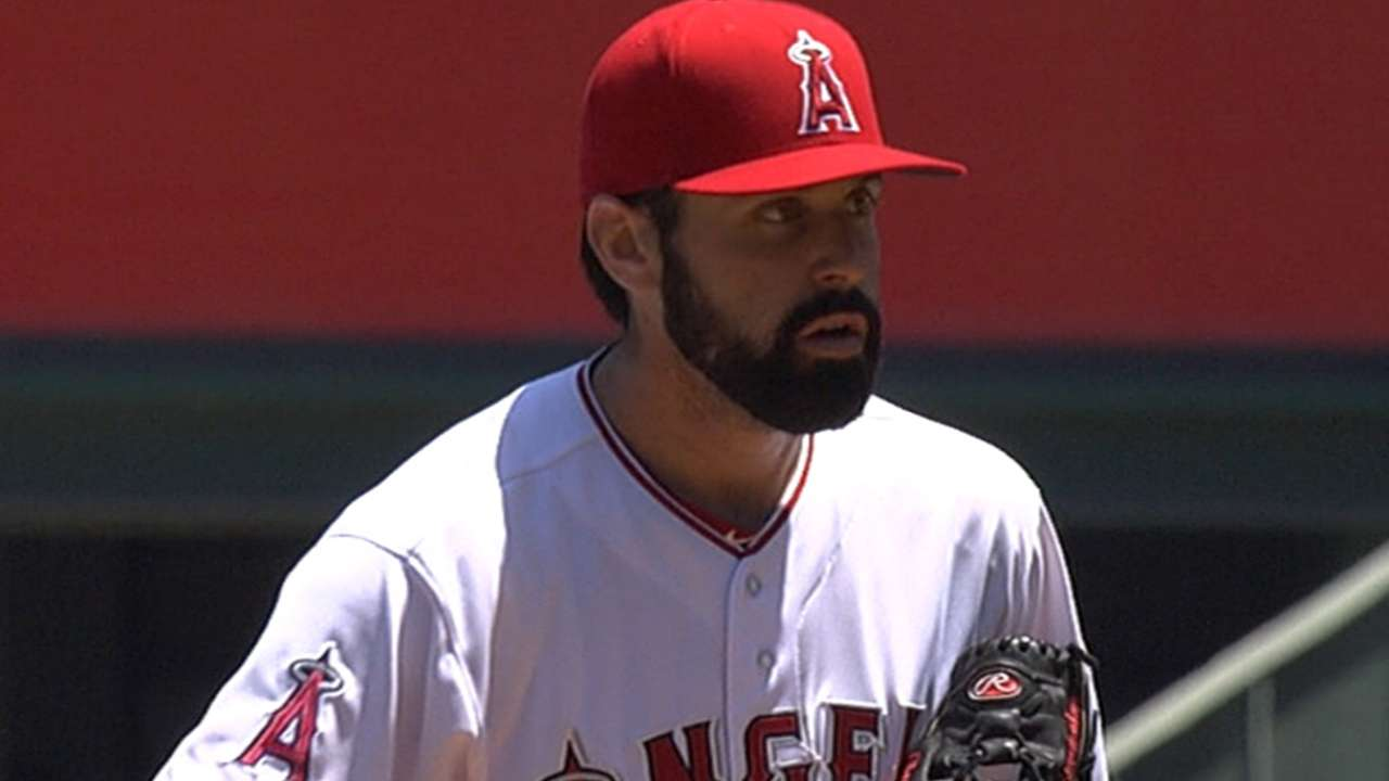 Shoemaker effective as Pujols homers twice