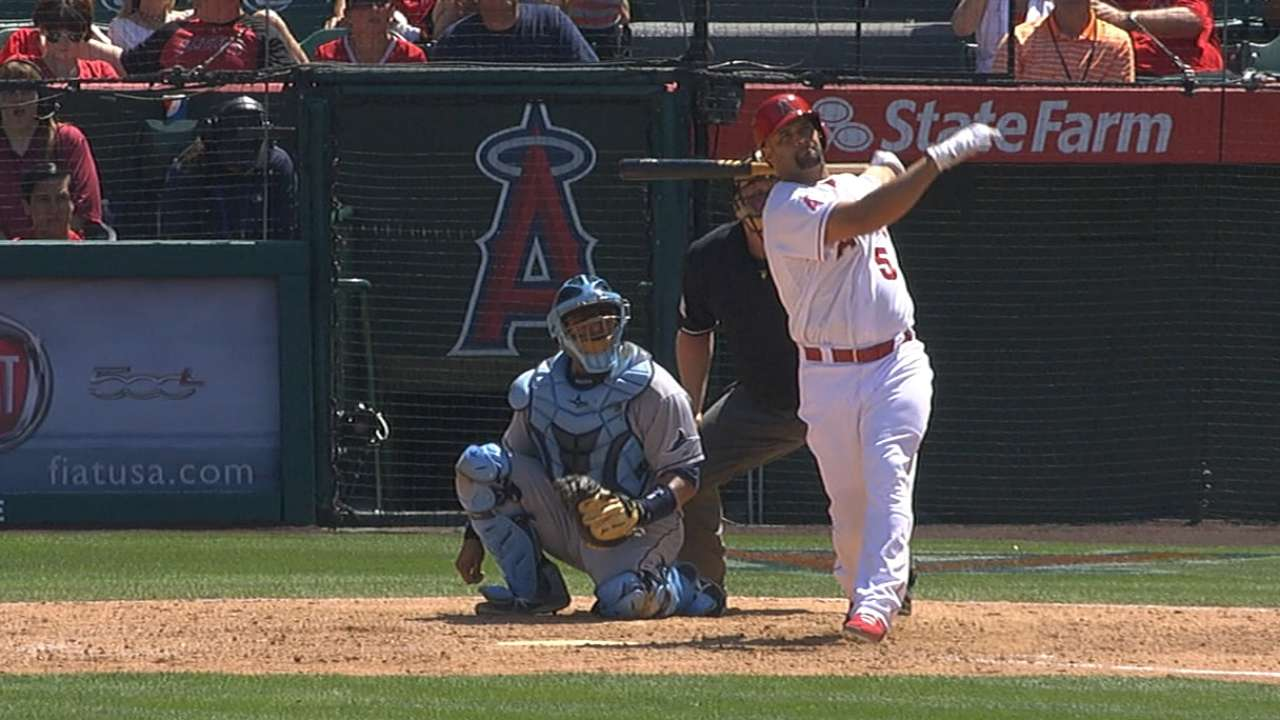 Pujols moves into 25th all-time with 504th homer
