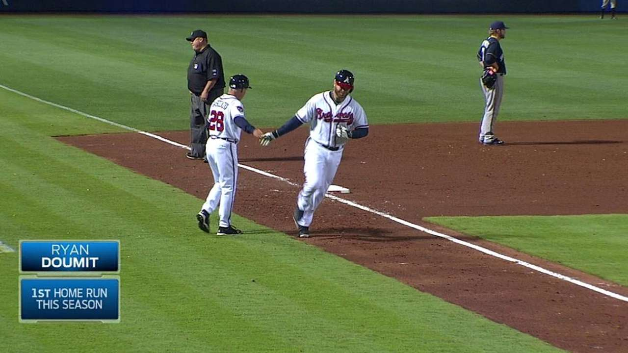 Crazy eighth caps win for Minor, Braves