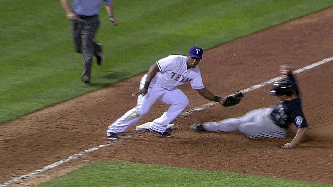 Call stands as Seager caught stealing vs. Texas