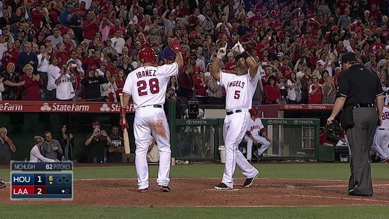 Pujols respaldó con HR joya de Weaver vs. Astros