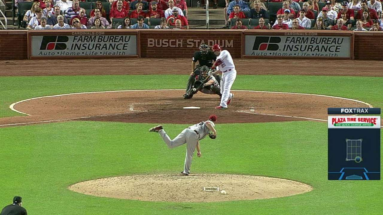 Cards edge D-backs for first sweep of season
