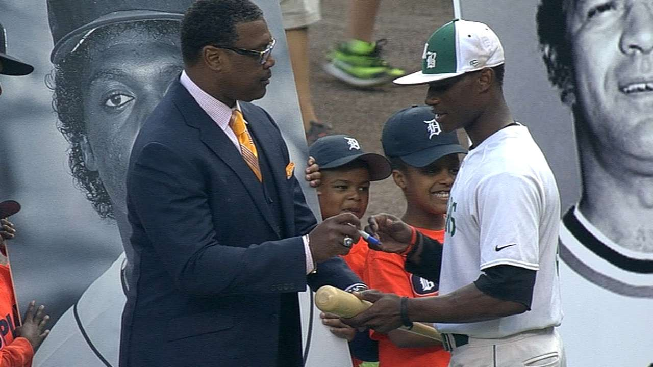 Negro Leaguers honored with Tribute Game