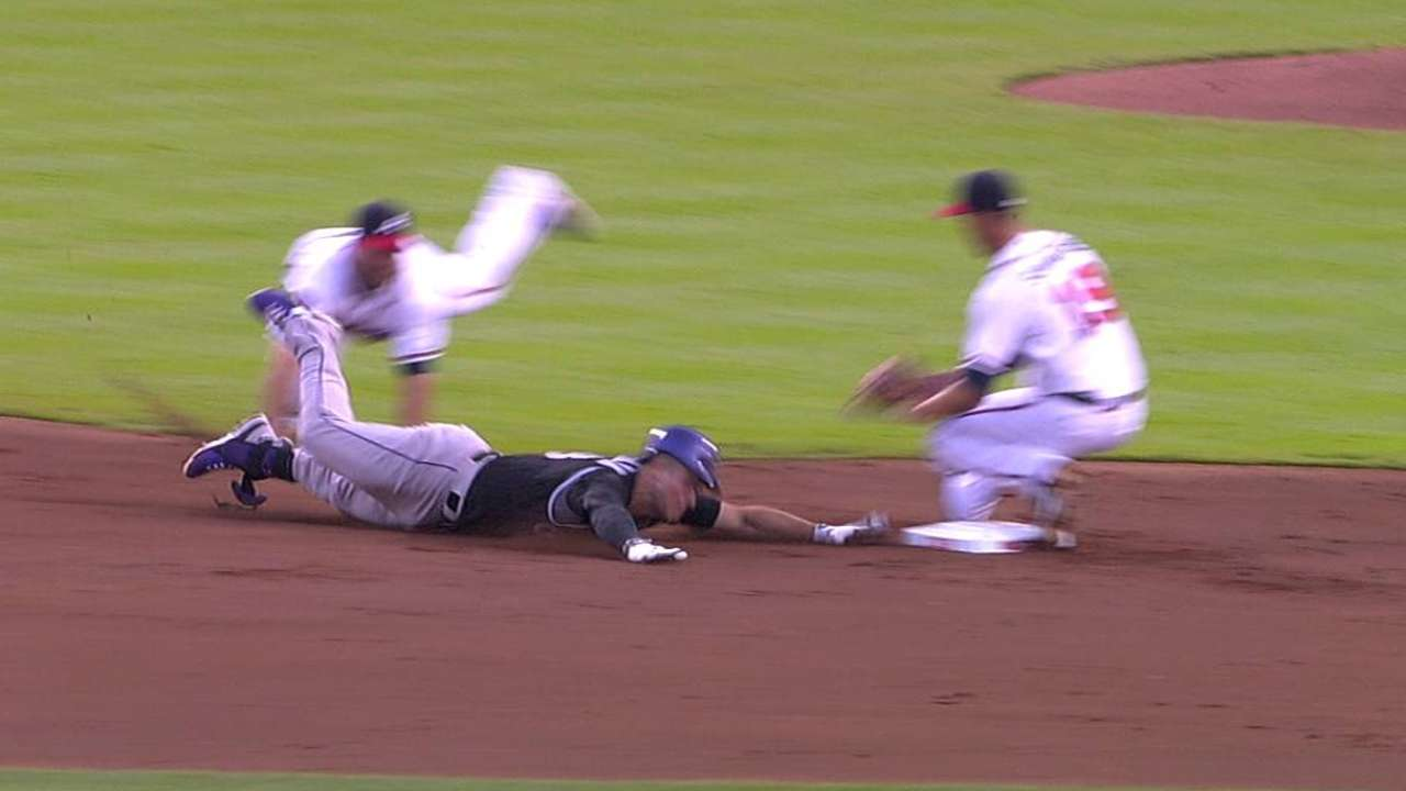 Braves lose challenge on relay to second base