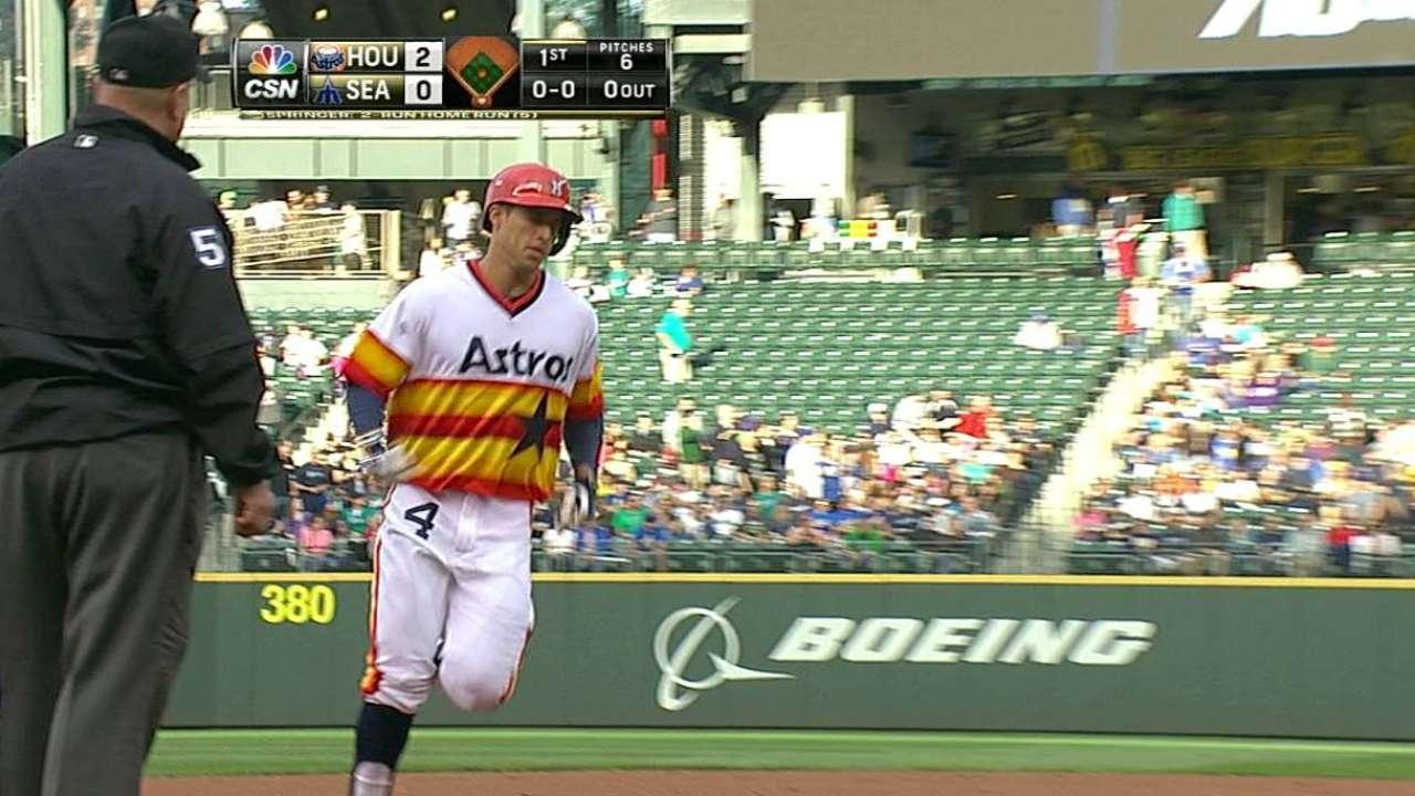 Par de HR de Springer hicieron ganar a los Astros