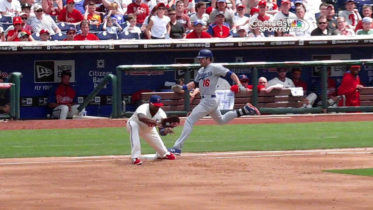 Phillies lose replay challenge in series finale