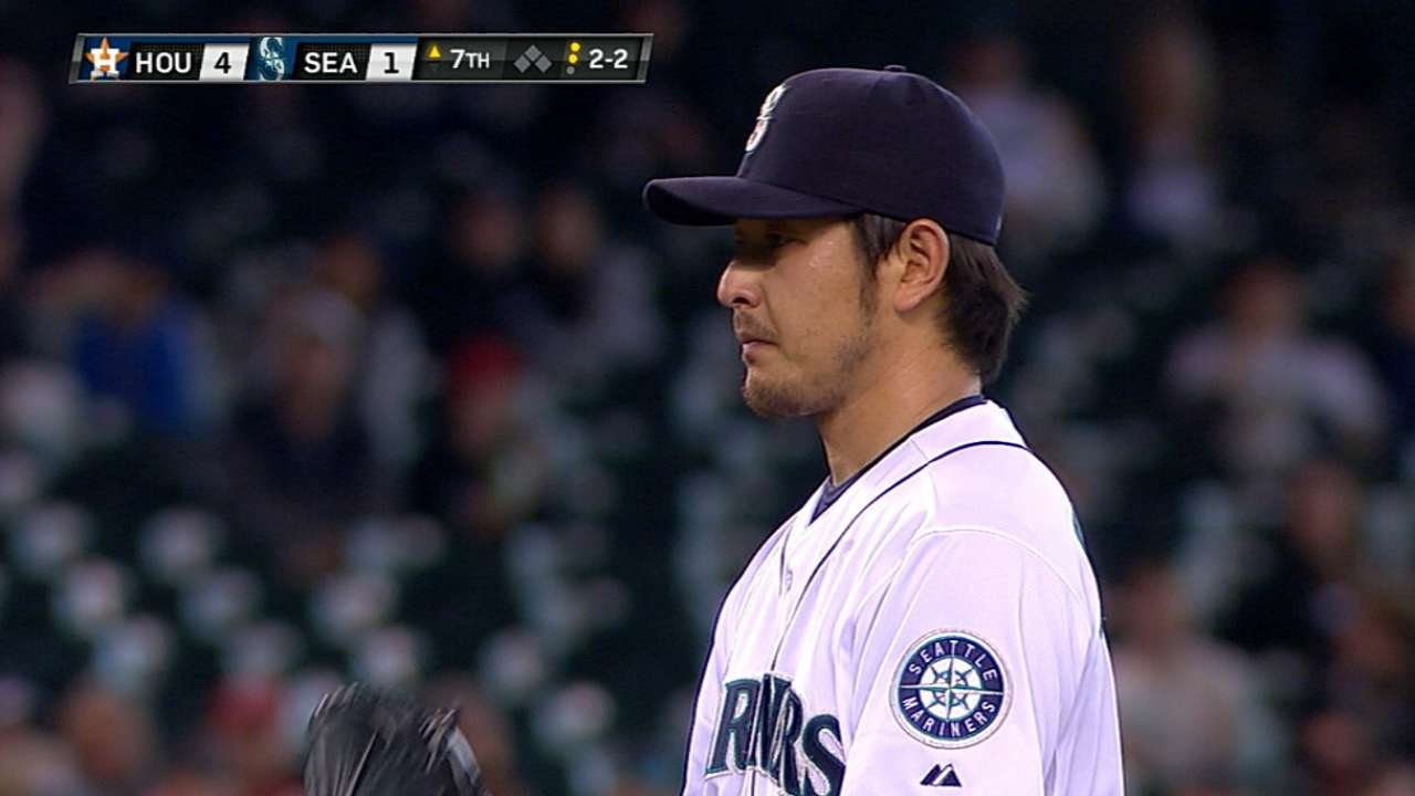 Two homers send Iwakuma to first loss of year