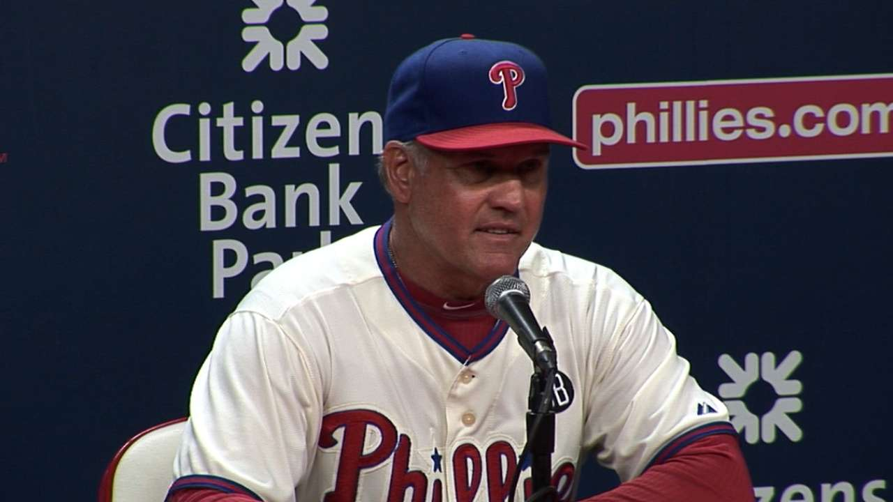 Seeking offense, Sandberg stays course