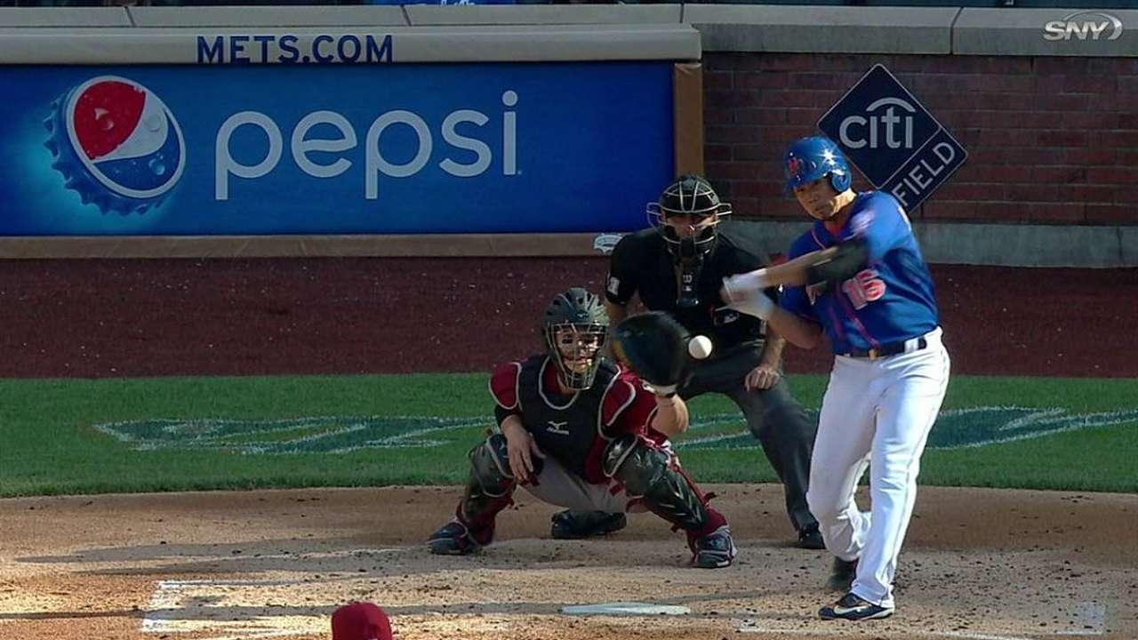 Spot-starter Dice-K aids Mets' win in Game 2