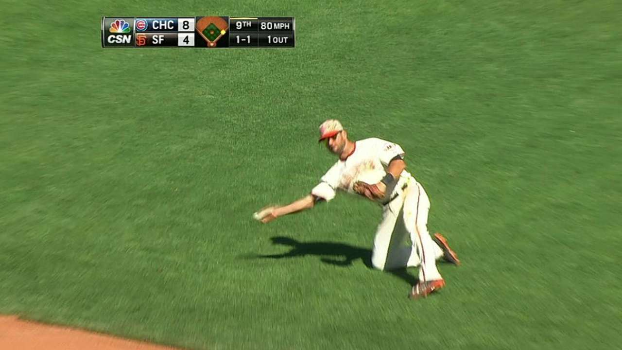 Bochy appreciates flexibility in Giants' roster