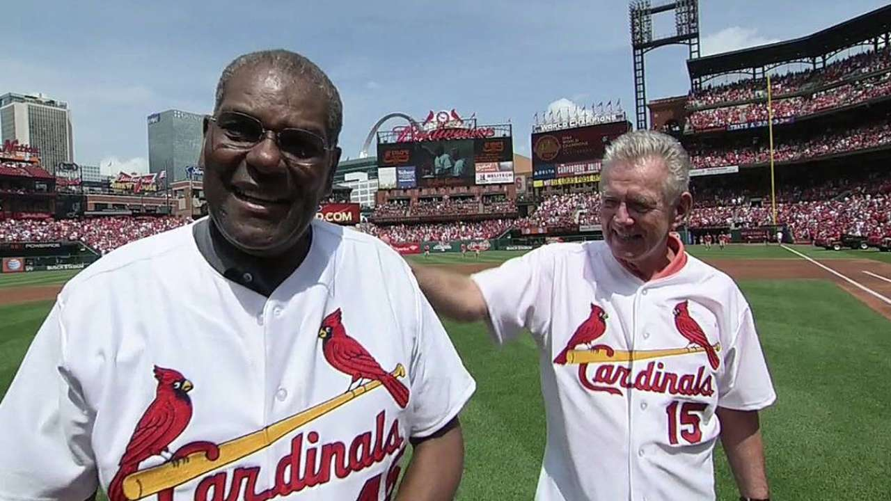 Cardinals hold reunion ceremony for '64 champs