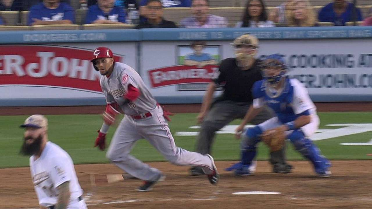 Reds nearly flip the script in Hollywood