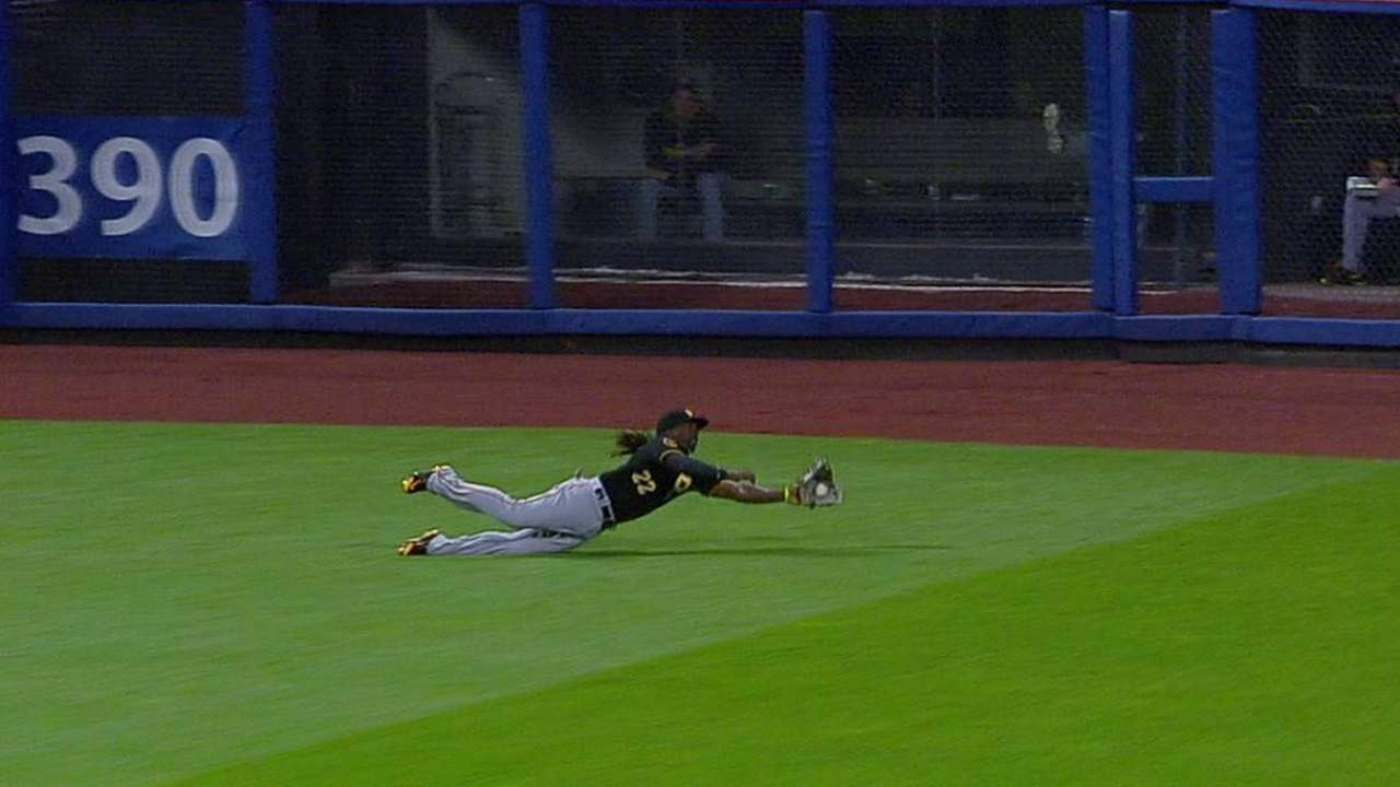 McCutchen's outstanding grab draws raves
