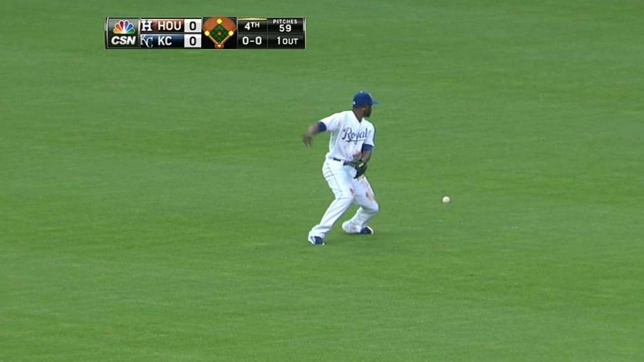 McHugh, Astros borraron la ofensiva de los Reales