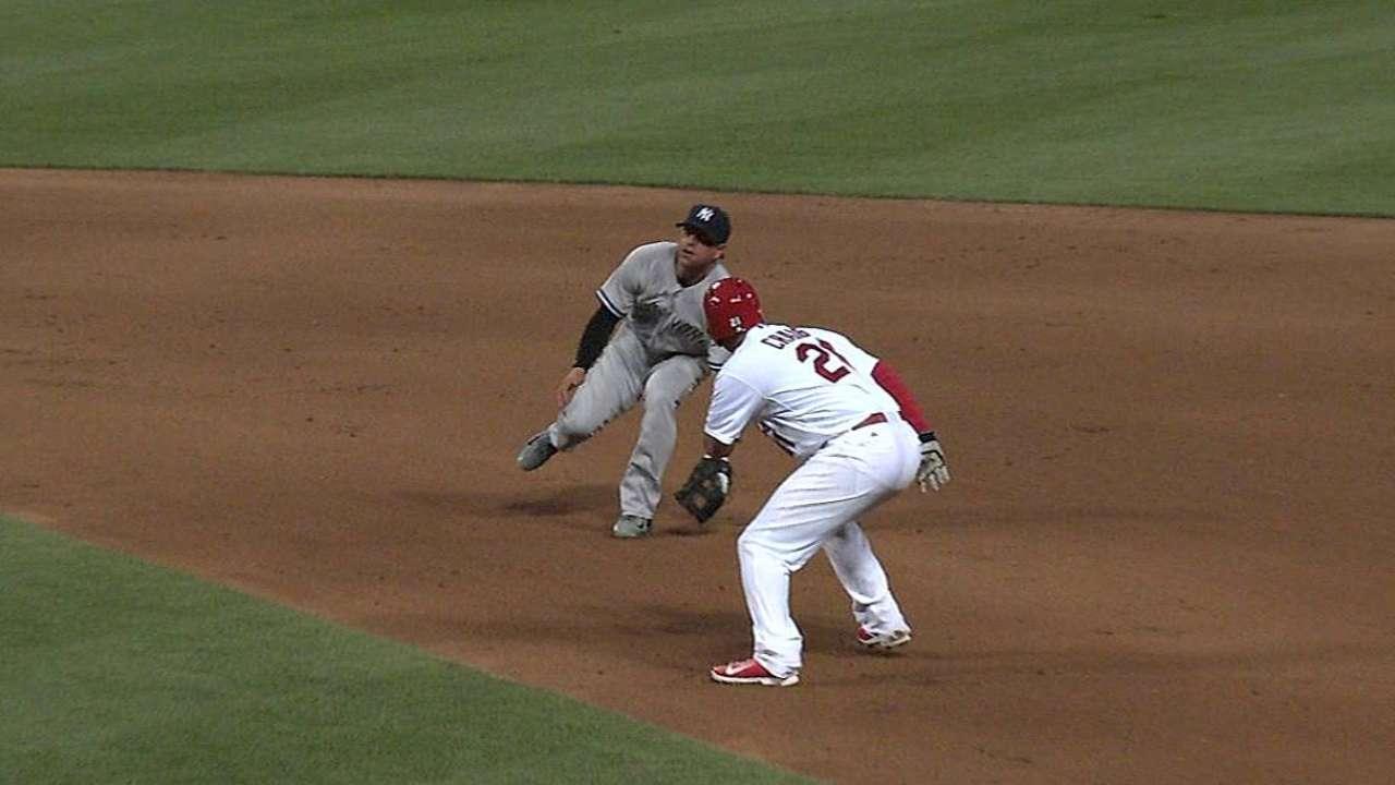Lynn blanquea a Yankees en triunfo de Cardenales