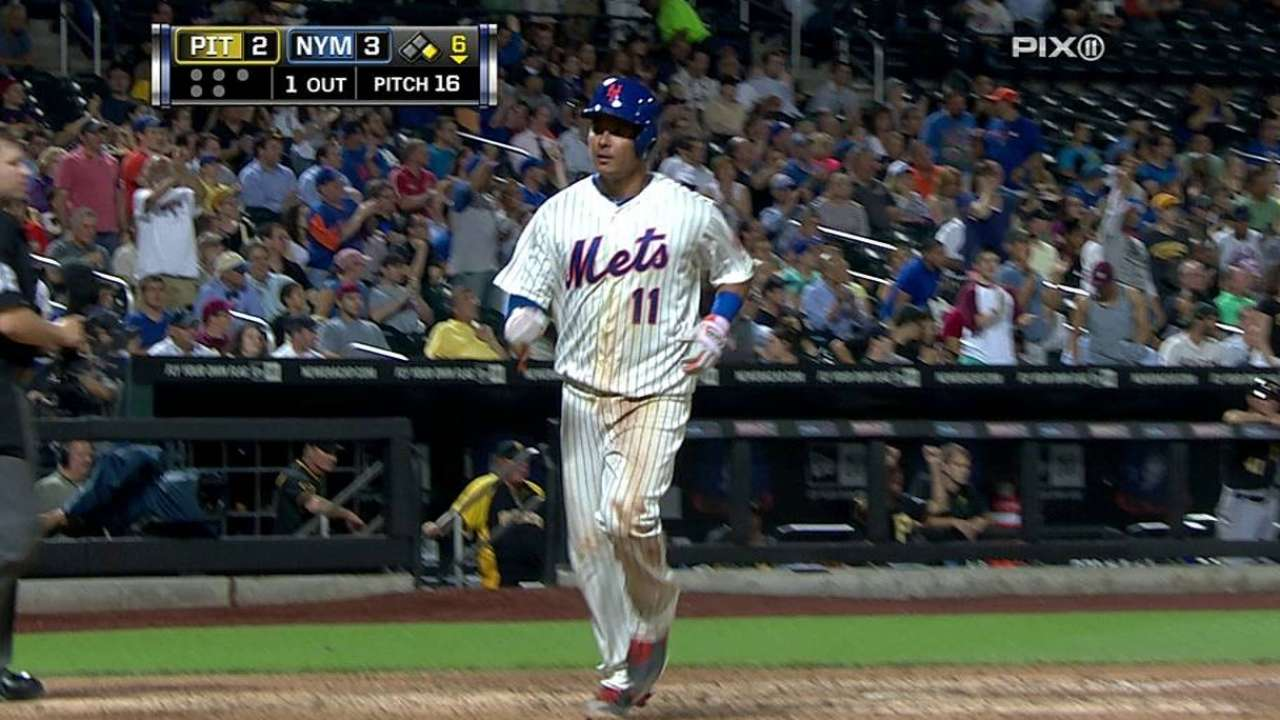 Key hits in sixth, defense get Mets past Pirates