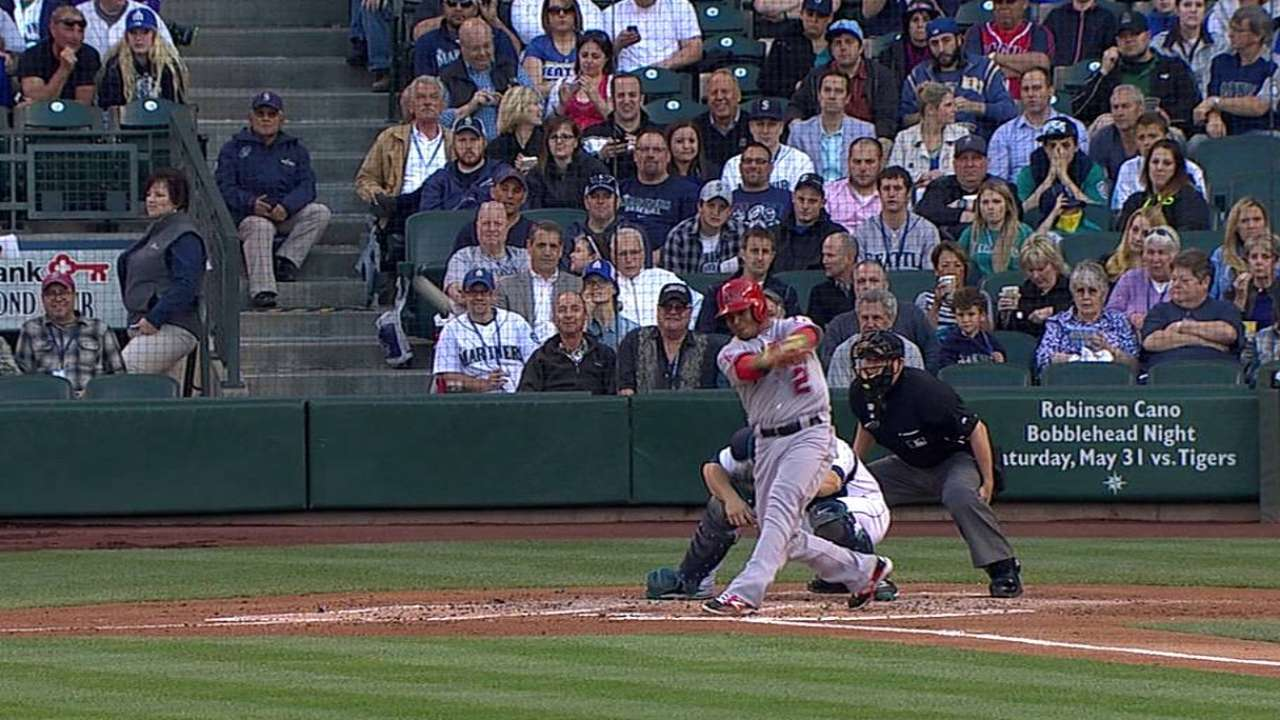 Solid Weaver notches win against Mariners