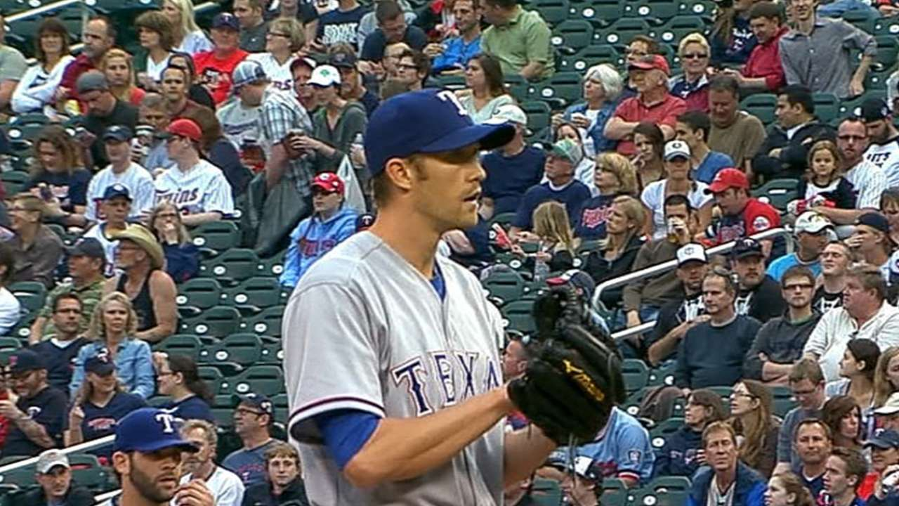 Soria stumbles as Rangers fall in Minnesota