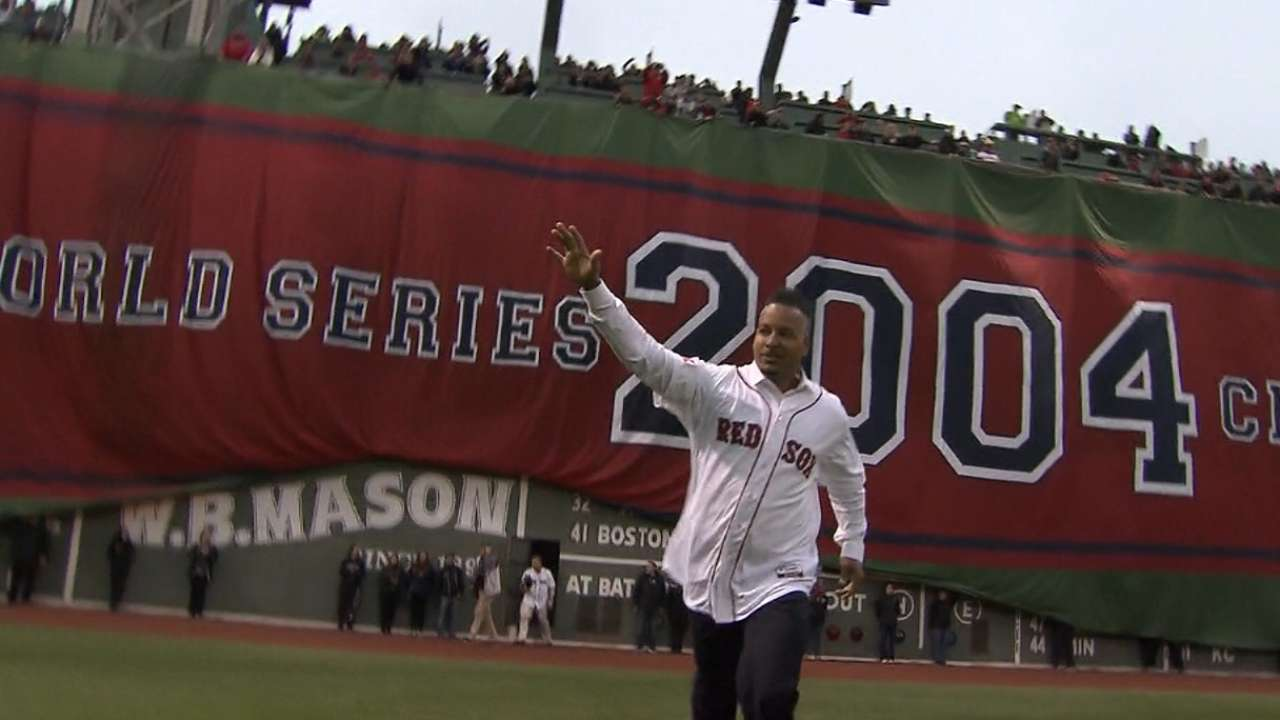Reunion brings warm memories to Fenway