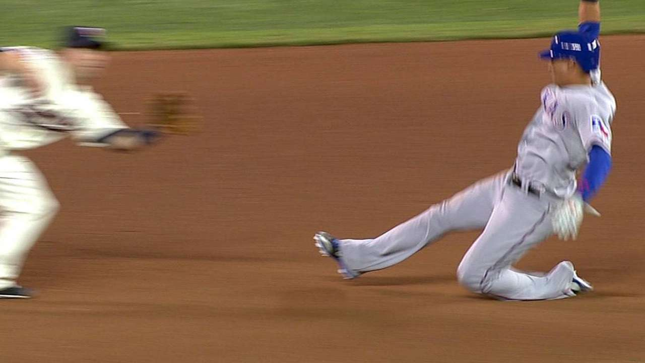 Twins lose challenge on stolen-base attempt