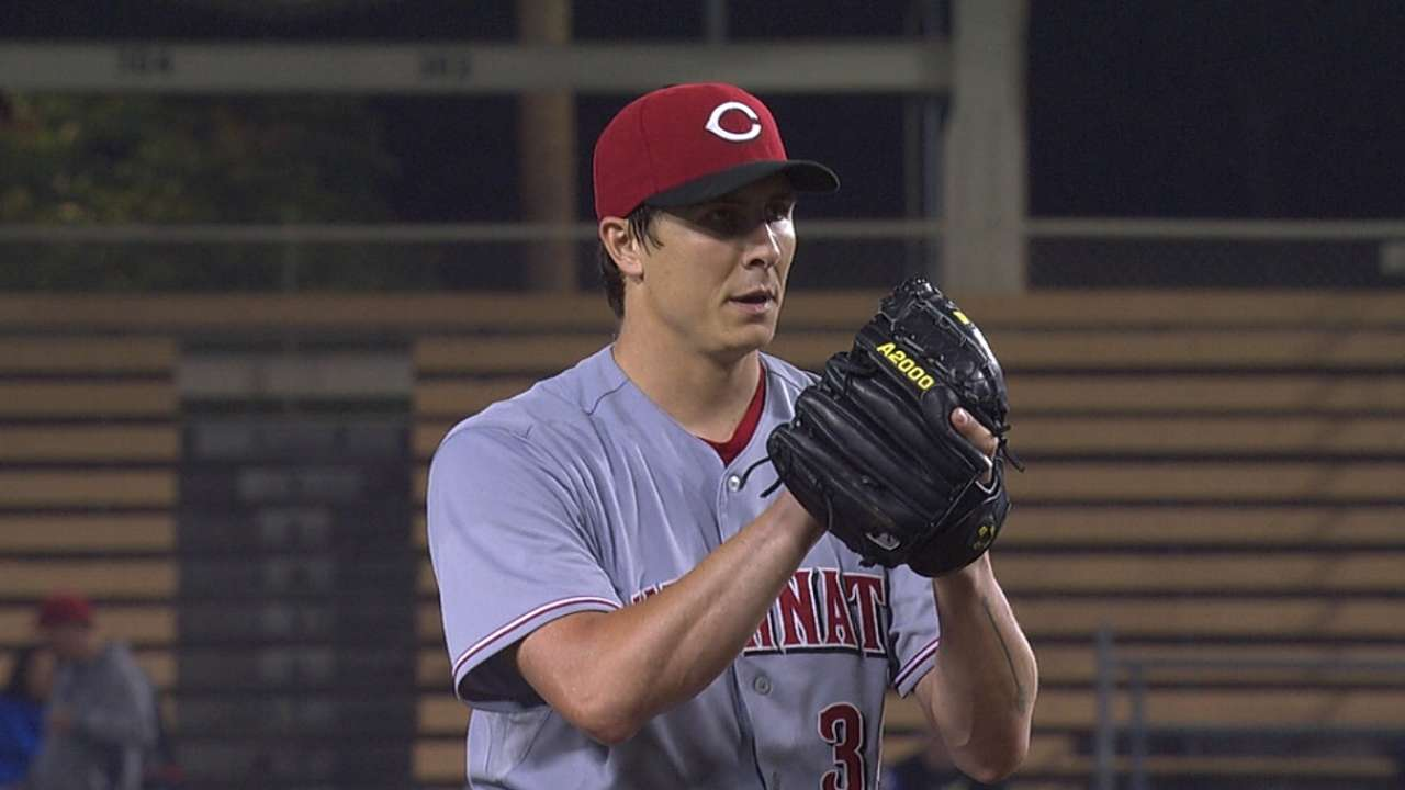 Phillips' homer helps Bailey outduel Kershaw