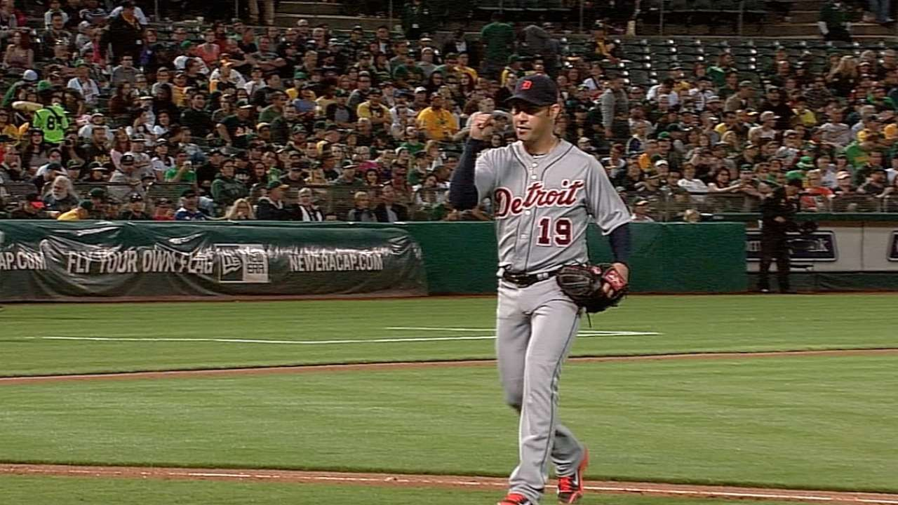 Tigers topped late after Anibal's terrific outing