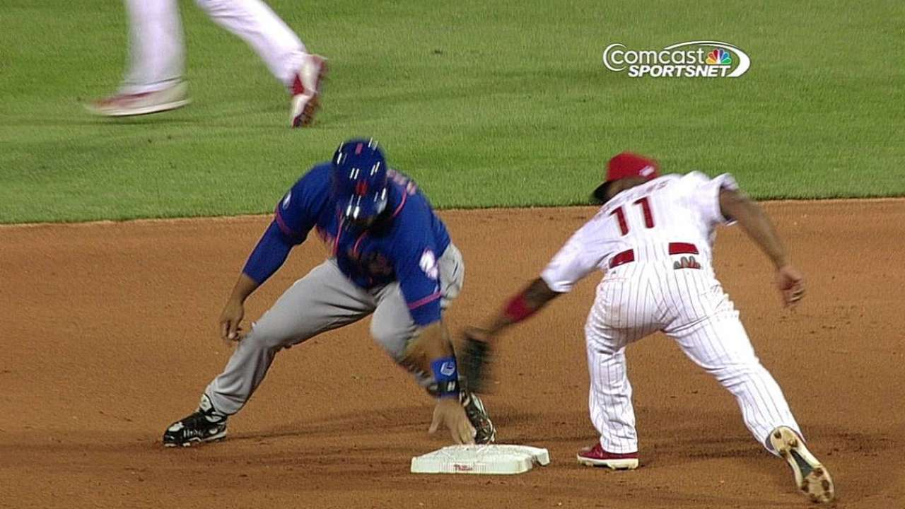 Phillies challenge, but call confirmed by umps